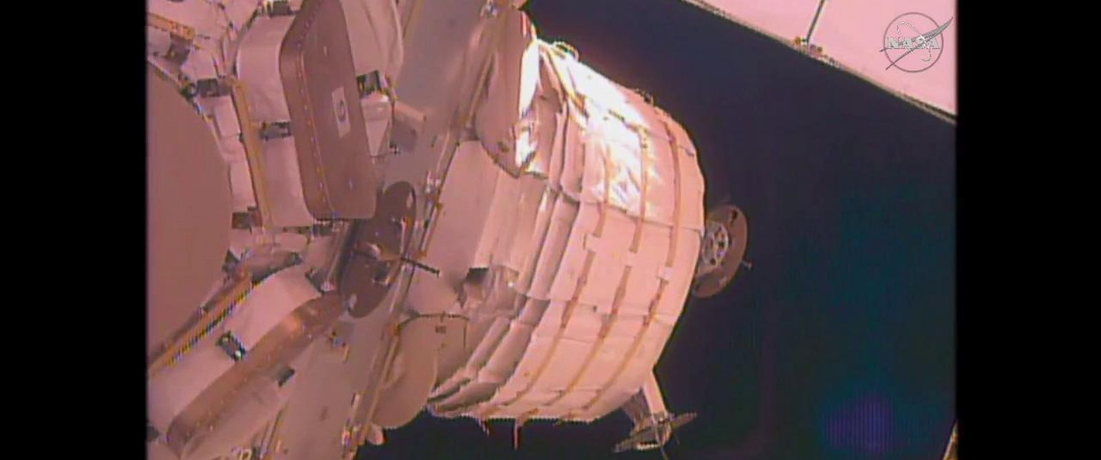 Nasa 39 s expandable fabric space habitat beam hits a snag for Space station fabric