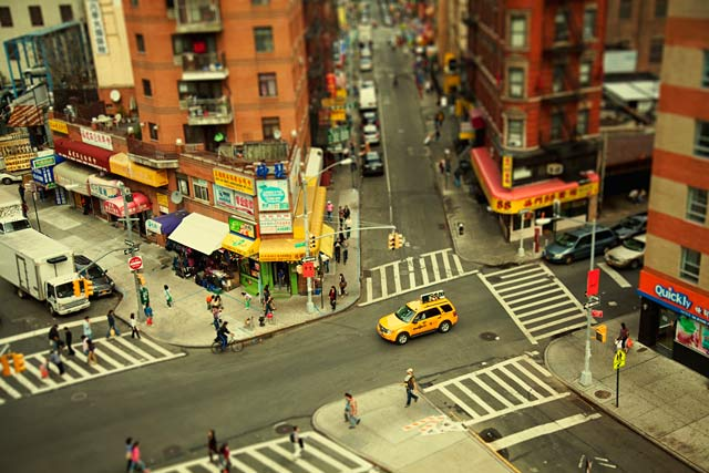 ht new york brohattan ll 120211 wblog CityShrinker: Metropolises in Miniature