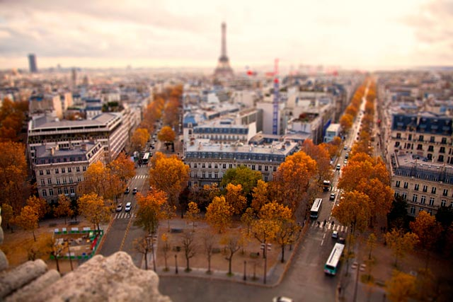 ht paris impossible ll 120211 wblog CityShrinker: Metropolises in Miniature