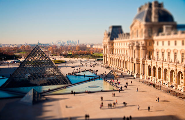 ht paris love ll 120211 wblog CityShrinker: Metropolises in Miniature