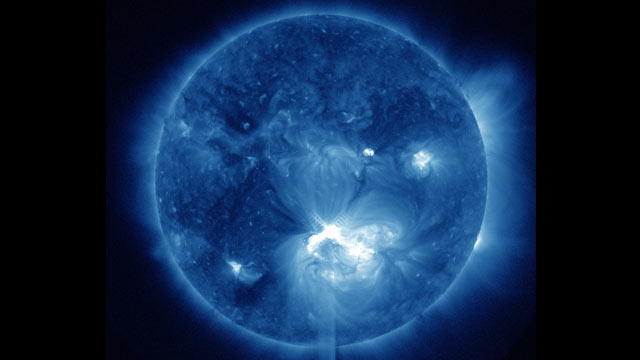 PHOTO: An X1.4 class flare erupted from the center of the sun, peaking on July 12, 2012 at 12:52 PM EDT.