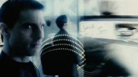 ht tom cruise dm 110920 wblog Inspired By Minority Report, Billboards Recognize Faces