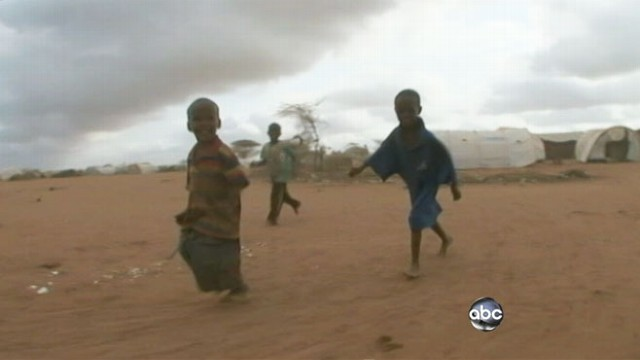 VIDEO: Refugees attempt perilous journey from Somalia to Kenya.