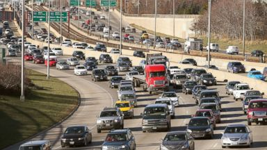 PHOTO:Traffic backs up on the Kennedy Expressway as commuters and holiday travelers try to get an early start on their Thanksgiving travel in this file photo, Nov. 27, 2013, in Chicago.