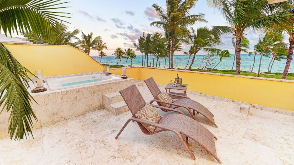 PHOTO: Luxury resort Tortuga Bay in the Dominican Republic will offer rooms at 90 percent off for a lucky few travelers on Cyber Monday.