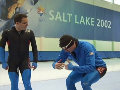 VIDEO: Olympiad Nich Pearson gives a lesson on how to speedskate.