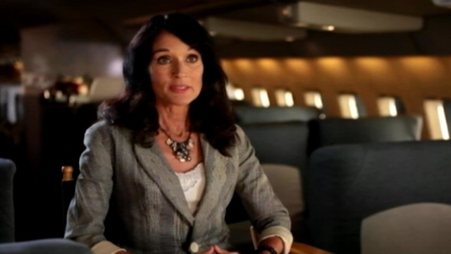 VIDEO: Former Pan Am flight attendants discuss a career that came with glamour.