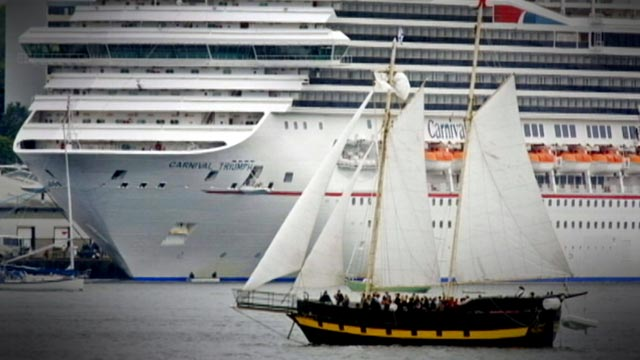 PHOTO: A Carnival cruise ship was stranded, with out enough power to get to port, in the Gulf of Mexico, Feb. 10, 2013.