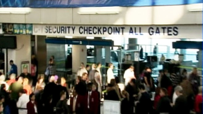 VIDEO: Officials say TSA supervisor, Michael Arato, was involved in scheme that ripped off passengers.