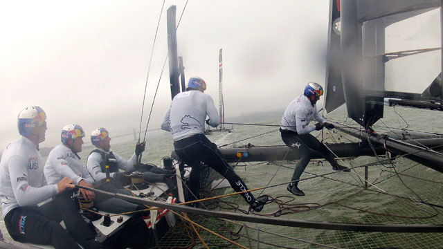PHOTO: The Oracle Racing Team skippered by James Spithill trains on a AC45 in the San Francisco Bay, Sept. 25, 2012 in San Francisco.
