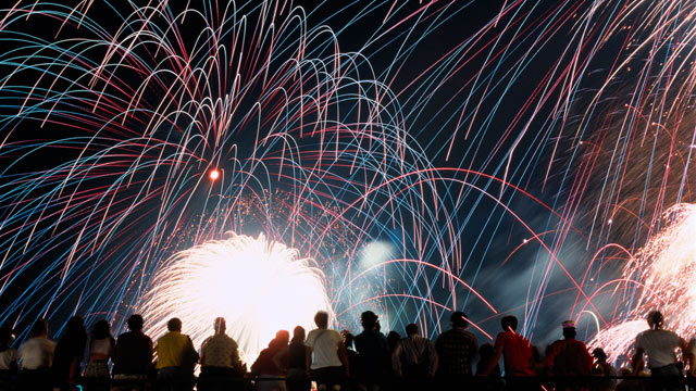 PHOTO: As 4th of July nears, Travelocity reveals how to score the best savings.