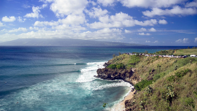 PHOTO: Honolua Point, a famous winter big surf point break, Maui, Hawaii.