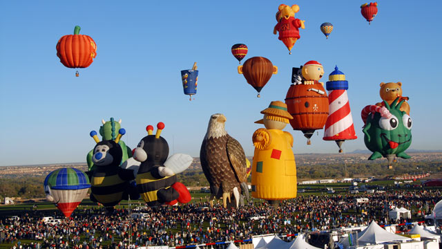 PHOTO: The International Balloon Fiesta takes place in Albuquerque, New Mexico October 6-14, 2012.