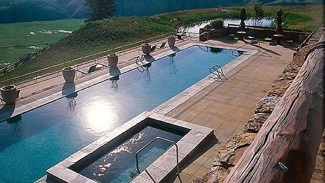 PHOTO: Amangani Resort Pool