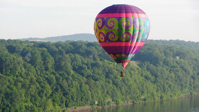 PHOTO: Balloon Launch at Highland HudsonFest