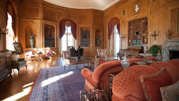 PHOTO: 2. Gatsby-Style Gold Coast Mansion Oheka Castle Hotel & Estate