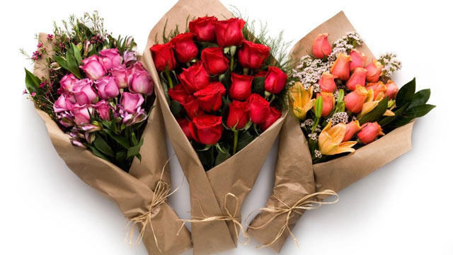 Last minute valentine 39 s day gift ideas abc news for Valentines day flowers for him