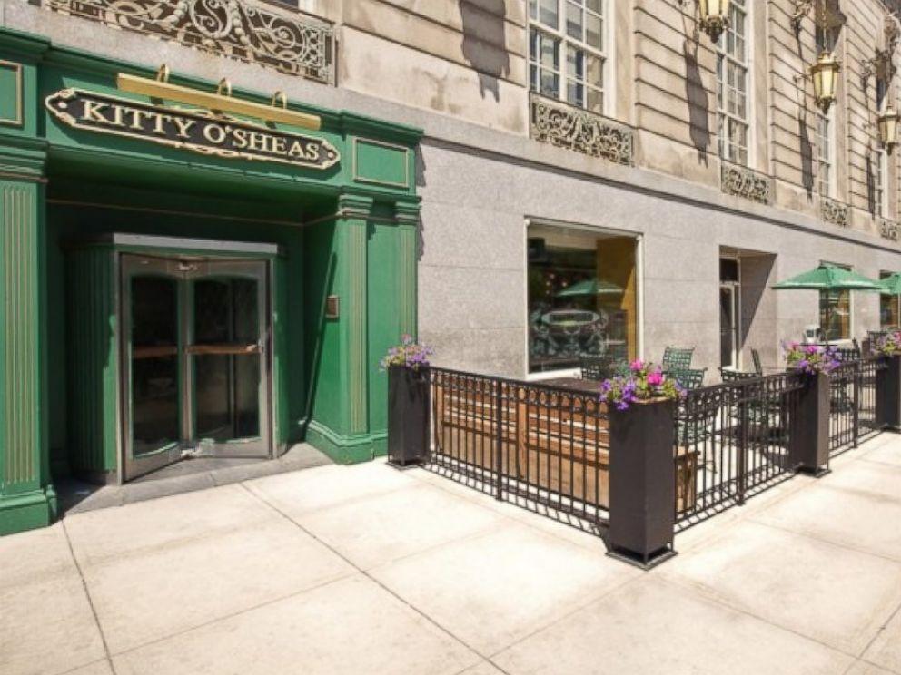 PHOTO: Kitty OSheas at Hilton Chicago