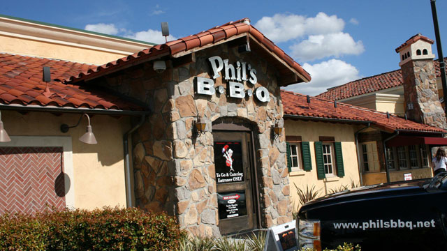 PHOTO: Phil's BBQ in San Diego, Calif.