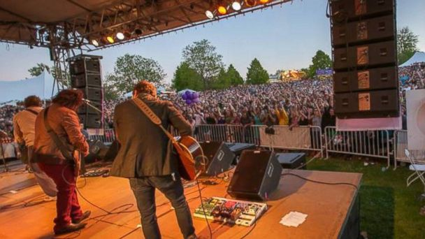 PHOTO: Rochester Lilac Festival, Rochester, N.Y.