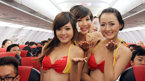 ht vietair bikini show ll 120809 wblog Vietnamese Airline, VietJetAir, Fined for In Flight Bikini Show