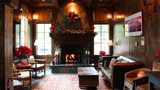 PHOTO: West Shore Cafe & Inn Fireplace