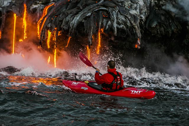 ld lava kayak hawaii 12 ll 130409 wblog Playing With Fire: A Row Into Danger