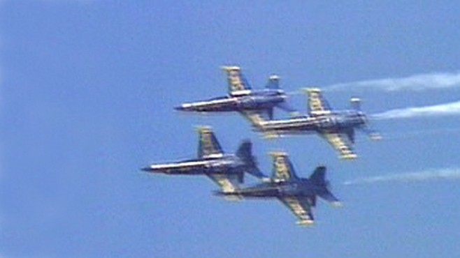 VIDEO: A Navy Blue Angel jet crashed at a South Carolina air show, killing the pilot.