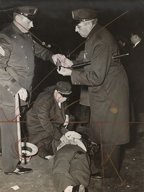 13 hold up man shot wblog Weegee: Murder Is My Business