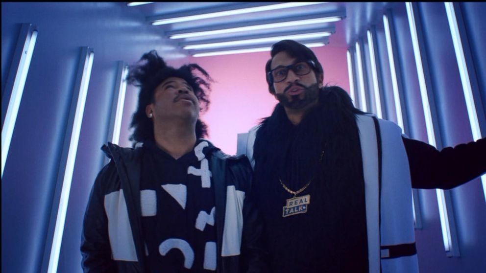VIDEO: Comedy stars Key and Peele appear in the Super Bowl 50 commercial for website builder Squarespace.
