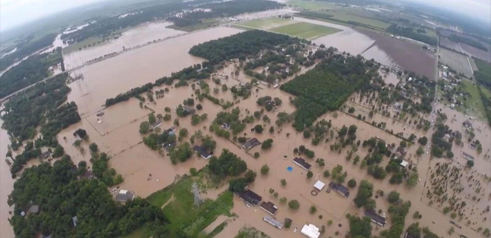 VIDEO: Texas Floods: Brazos River Expected to Rise to Record Levels