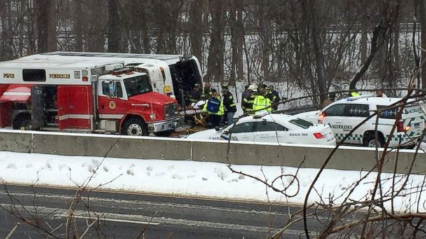 http://a.abcnews.go.com/images/US/ABC_bus_crash_jef_160208_16x9_608.jpg