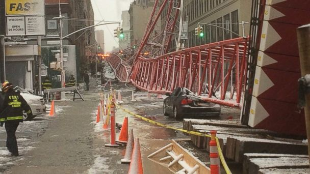 http://a.abcnews.go.com/images/US/ABC_crane_collapse_10_mm_160205_16x9_608.jpg