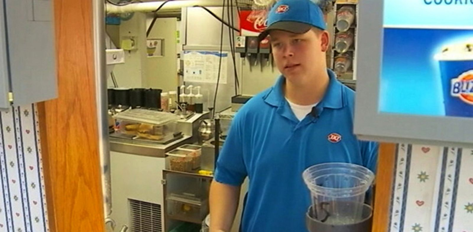 PHOTO: Act Of Kindness At Dairy Queen