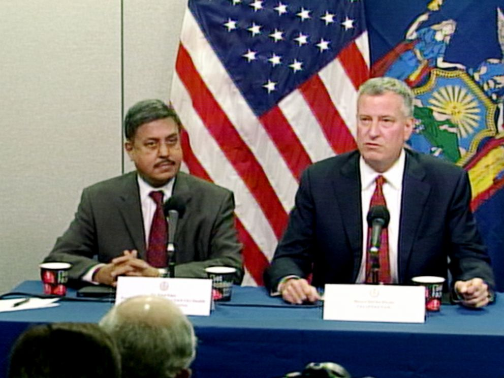 PHOTO: New York City Mayor Bill de Blasio speaks at a news conference, Oct. 24, 2014.