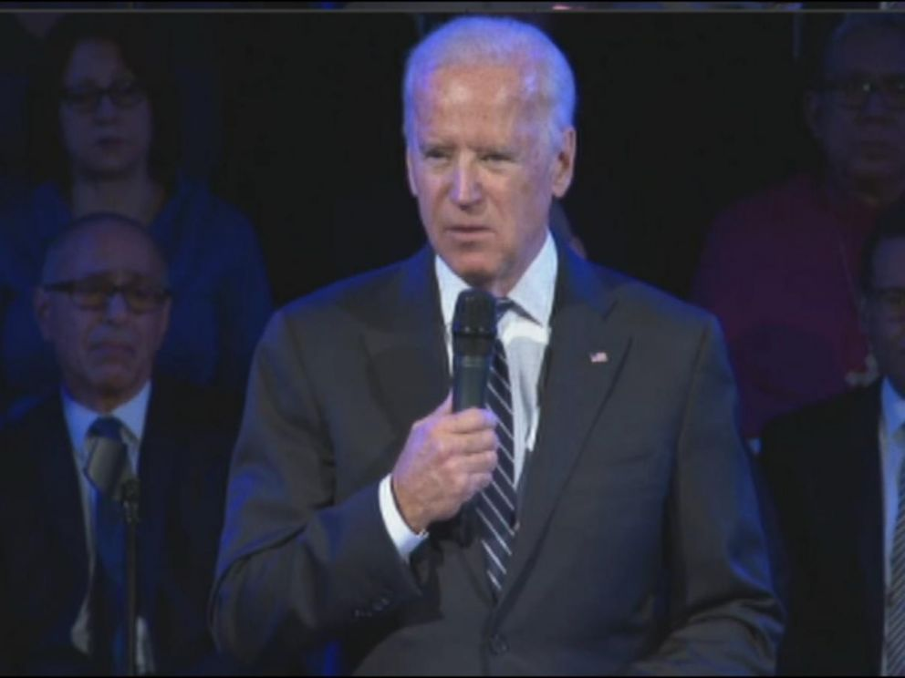 PHOTO: Vice President Joe Biden delivers remarks at funeral for New York City police officer Rafael Ramos on Saturday, Dec. 27, 2014.