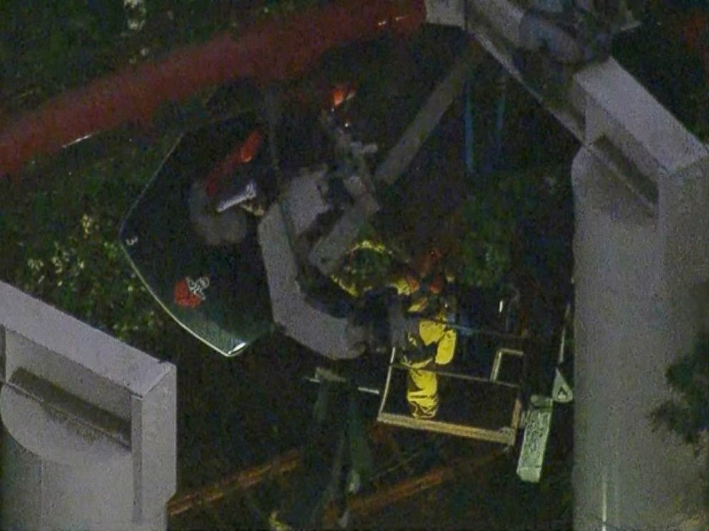 PHOTO: Four people were injured in the incident, and nearly two dozen were left hanging for hours.