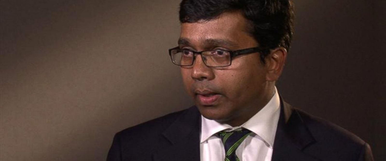 PHOTO: Dr. Jose Mathews said he was removed from his position as chief of psychiatry at the VA hospital in St. Louis after he complained that other psychiatrists were counseling veterans for as few as three hours a day.