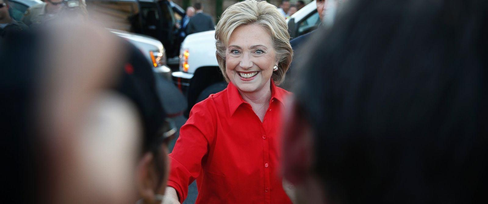 PHOTO: Democratic presidential candidate Hillary Rodham Clinton shakes hands during a rally, Oct. 12, 2015, in Las Vegas.