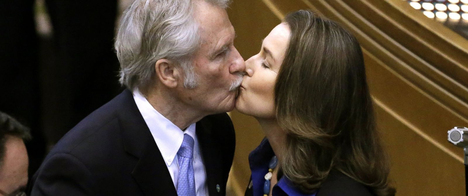 PHOTO: Oregon Gov. John Kitzhaber kisses fiancee, Cylvia Hayes, after he is sworn in for an unprecedented fourth term as Governor in Salem, Ore. in this Jan. 12, 2015 file photo.