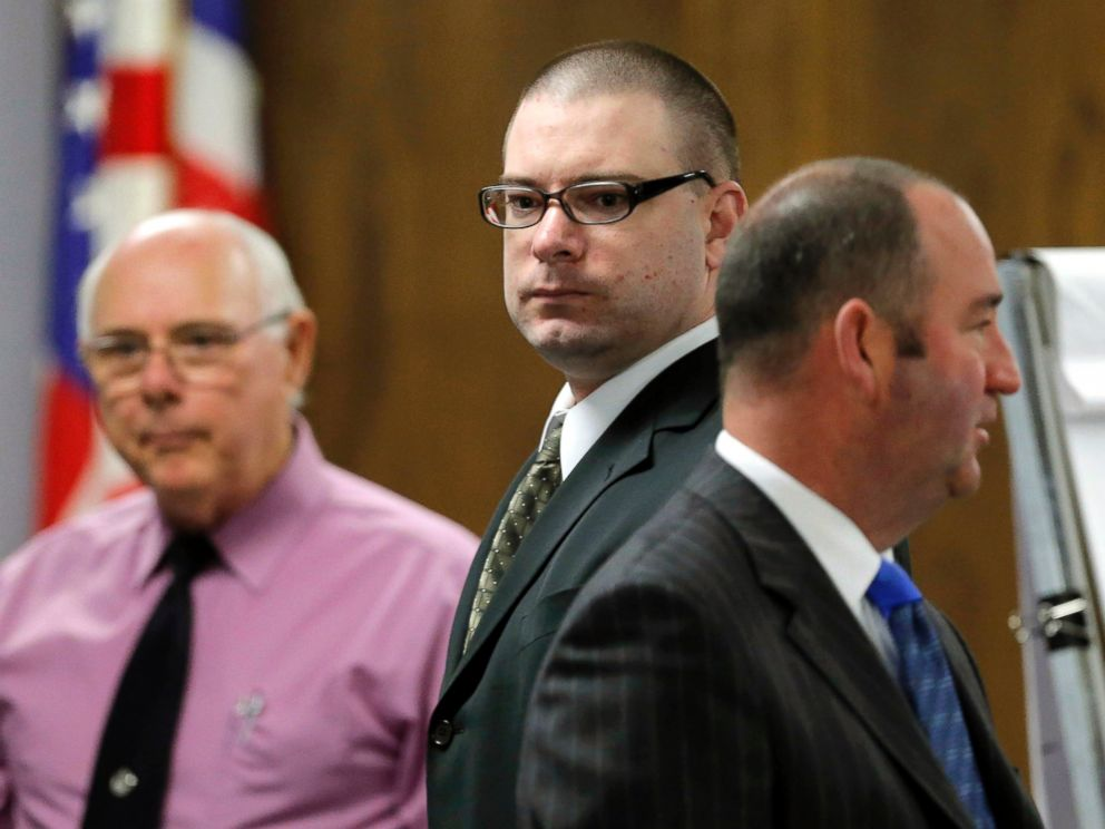 PHOTO: Eddie Ray Routh, center, enters the courtroom, Feb. 16, 2015, in Stephenville, Texas, as proceedings resume in the former Marines trial.