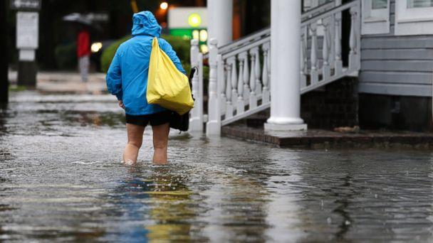 http://a.abcnews.go.com/images/US/AP_flooding_south_carolina_jt_151004_16x9_608.jpg