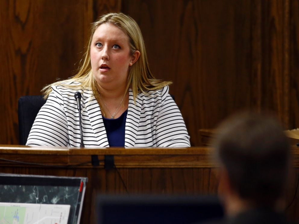 PHOTO: Eddie Ray Rouths girlfriend Jennifer Weed testifies during Rouths capital murder trial at the Erath County, Donald R. Jones Justice Center in Stephenville, Texas, Feb. 18, 2015.
