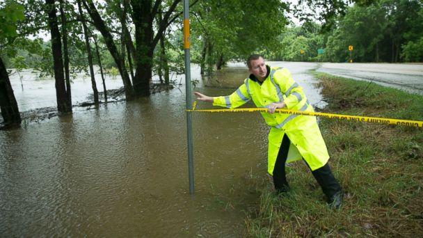 http://a.abcnews.go.com/images/US/AP_texas_severe_weather_2_jt_160529_16x9_608.jpg