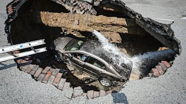 PHOTO: Toledo Sinkhole