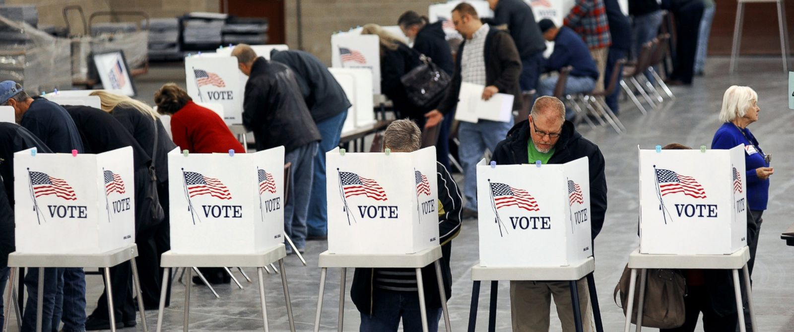 PHOTO: Voters cast their ballots at MetraPark in Billings, Mont., Election Day, Nov. 4, 2014.