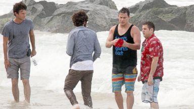 "PHOTO: Channing Tatum and Jonah Hill are seen filming ""22 Jump Street"" at Condado Beach, Dec. 11, 2013 in San Juan, Puerto Rico."