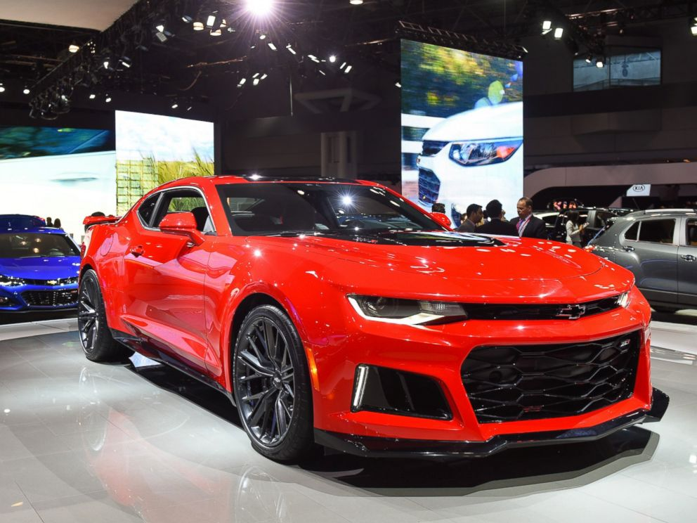 PHOTO: The General Motors Co. (GM) Chevrolet Camaro ZL1 vehicle is displayed during the 2016 New York International Auto Show on March 24, 2016 in New York City.