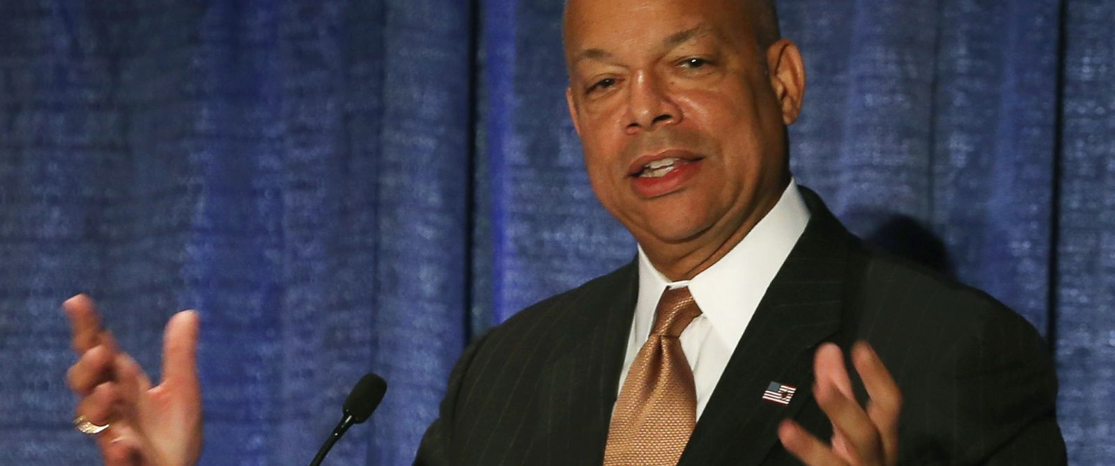 PHOTO: Homeland Security Secretary Jeh Johnson speaks during the Association of the United States Army conference at the Walter E. Washington Convention Center Oct. 14, 2014, file photo in Washington, DC.