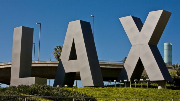 http://a.abcnews.go.com/images/US/GTY_LAX_Airport_ER_160211_16x9_608.jpg